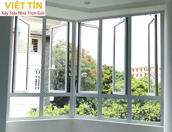 17 mẫu cửa sổ quay nhôm kính đẹp