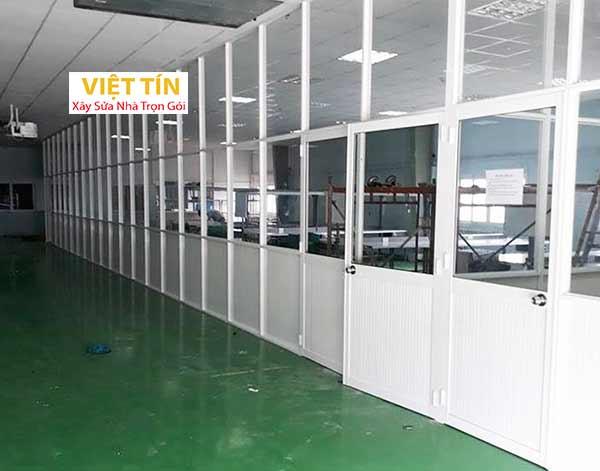 35 vách ngăn nhôm kính chia phòng tại các xí nghiệp