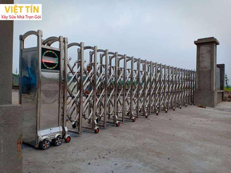 mẫu cổng xếp inox tự động