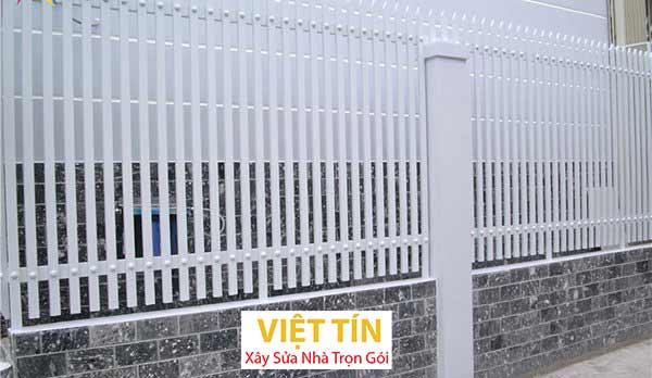 mẫu hàng rào sắt hộp hiện đại