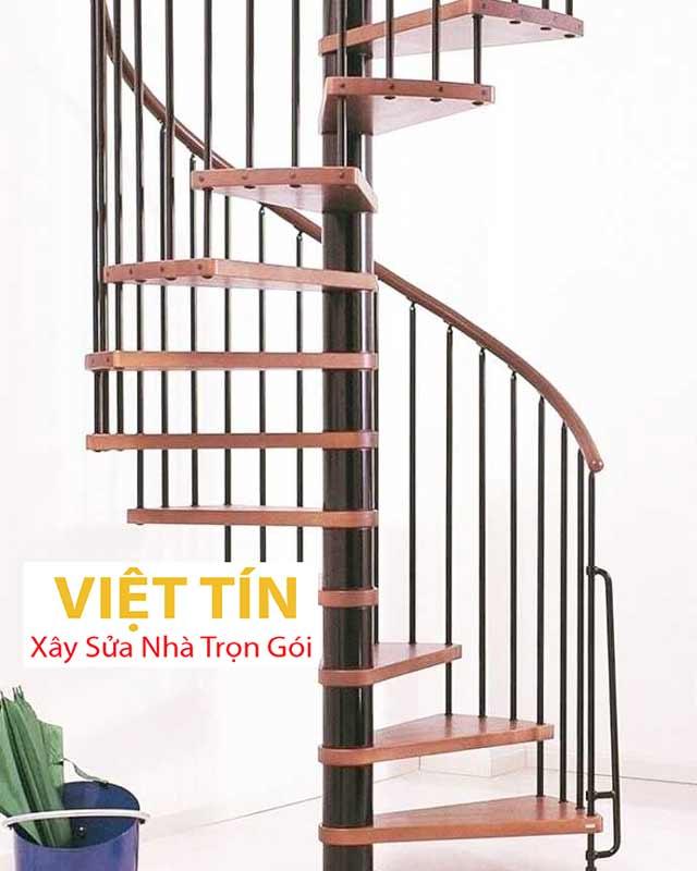 mẫu số 30 cầu thang hình xoắn ốc