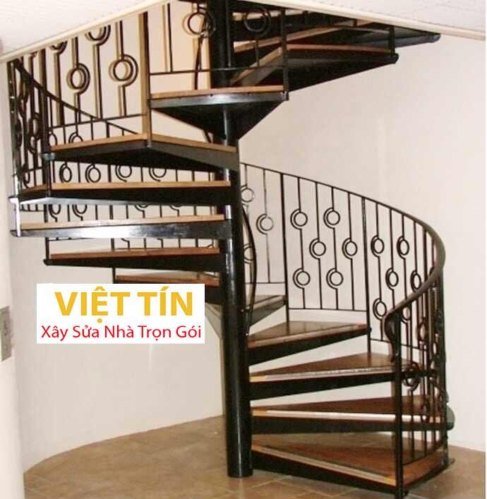 mẫu số 31 cầu thang hình xoắn ốc