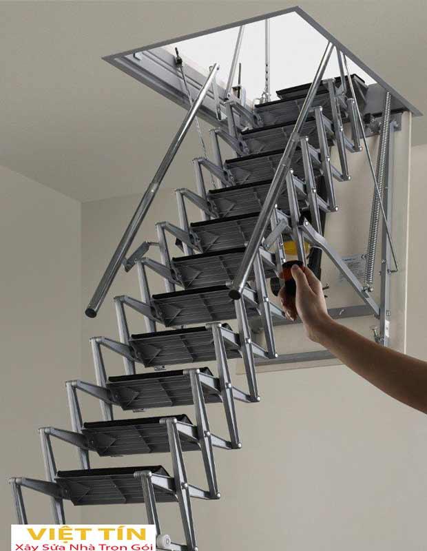 mẫu số 51 cầu thang sắt thông minh loại xếp tự động