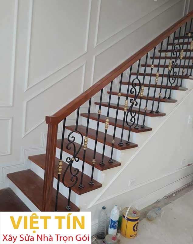 mẫu số 52 cầu thang sắt nghệ thuật