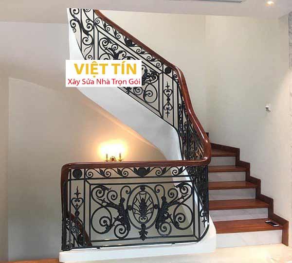 mẫu số 55 cầu thang sắt nghệ thuật tinh tế
