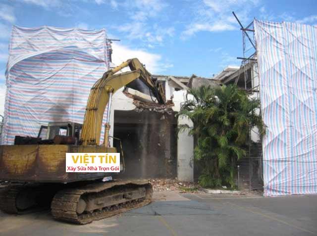 Che chắn công trình trước khi tháo dỡ