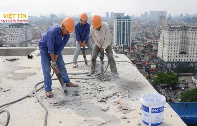 Có nên thuê đơn vị phá dỡ nhà - công trình không?