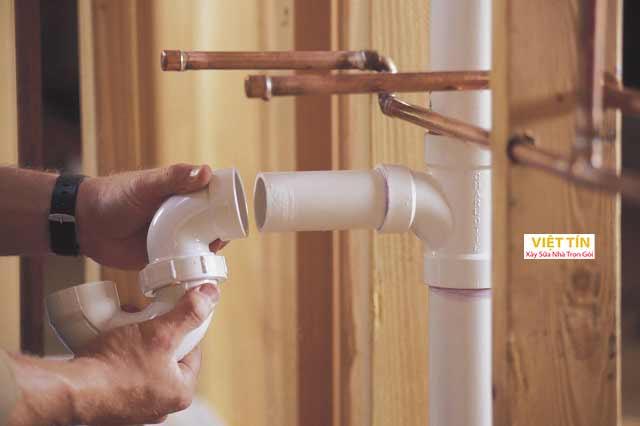 Vệ sinh ống nước