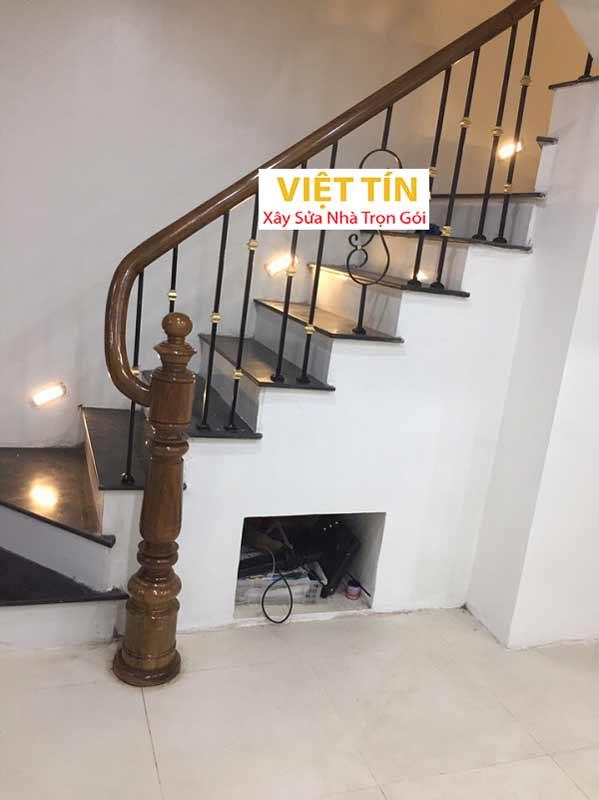 mẫu 21 cầu thang sắt mỹ thuật đẹp
