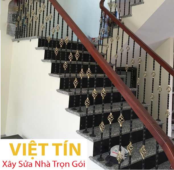 mẫu 24 cầu thang sắt mỹ thuật đẹp