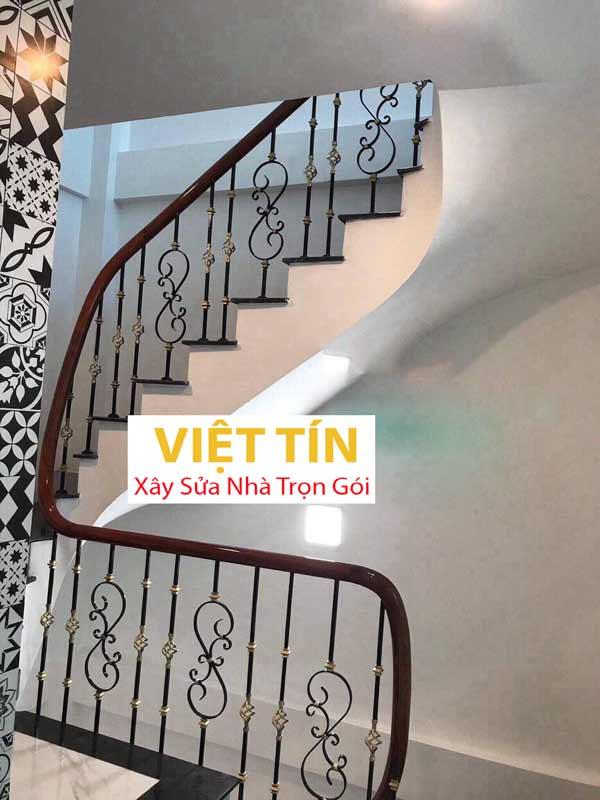 mẫu 9 cầu thang sắt mỹ thuật đẹp