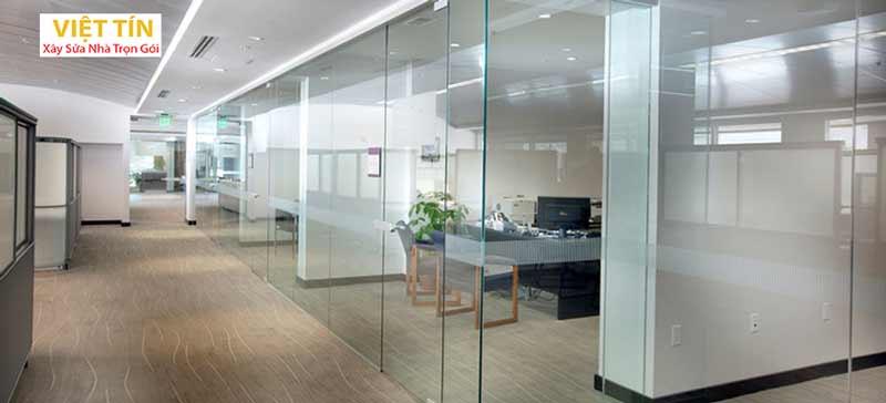 mẫu số 25 vách ngăn kính văn phòng không khung